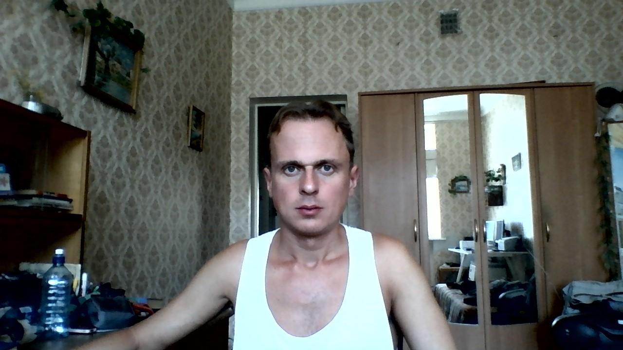 видеочат для знакомства по веб камере русский